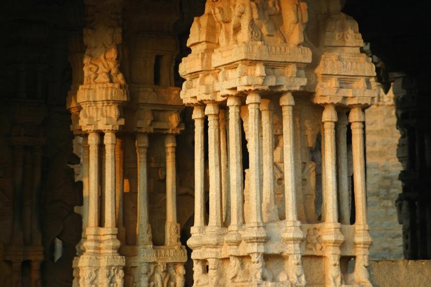 The_musical_pillars,_Vijaya_Vittala_Temple_Hampi (1)